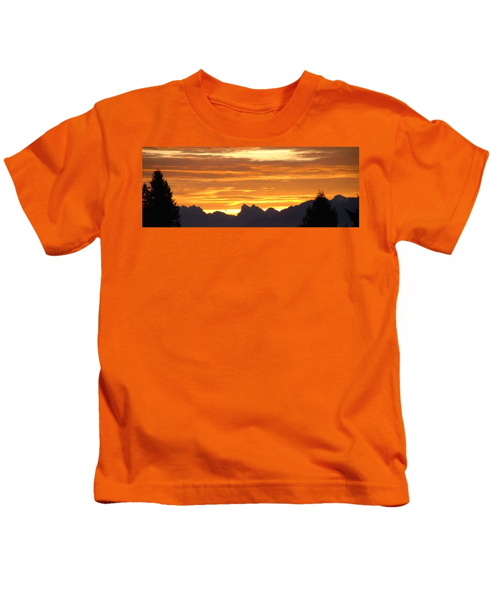Mountains Kids T-Shirt featuring the photograph Cascade Mountains Sunrise 1 by Carol Eliassen