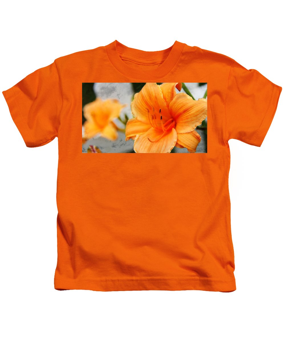 Lily Kids T-Shirt featuring the photograph Garden Lily by Davandra Cribbie