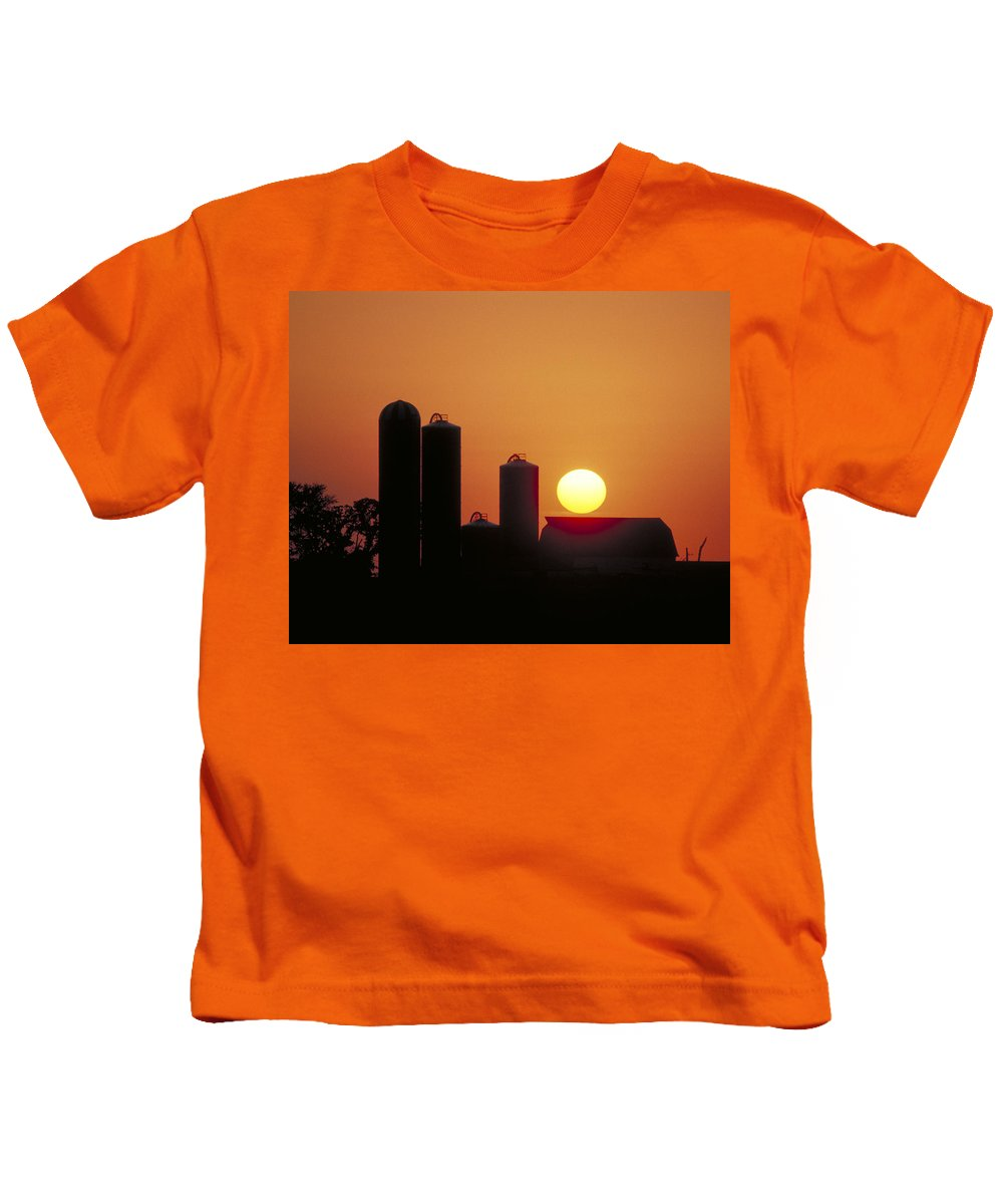 Farm Sunset Kids T-Shirt featuring the photograph Goodoboy's Sunset by Garry McMichael