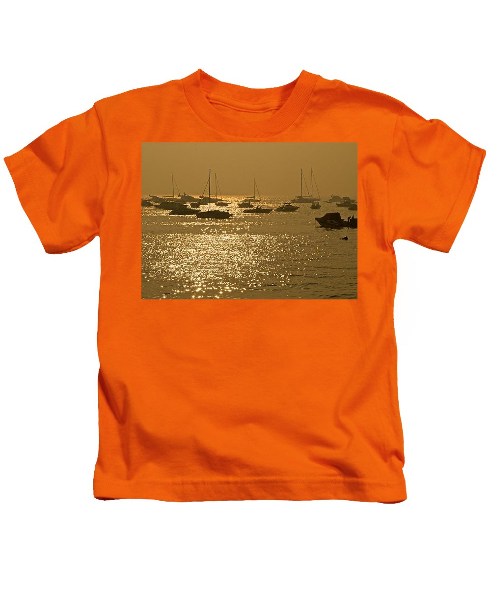Mumbai Kids T-Shirt featuring the photograph Mumbai In The Morning In December by Valerie Rosen