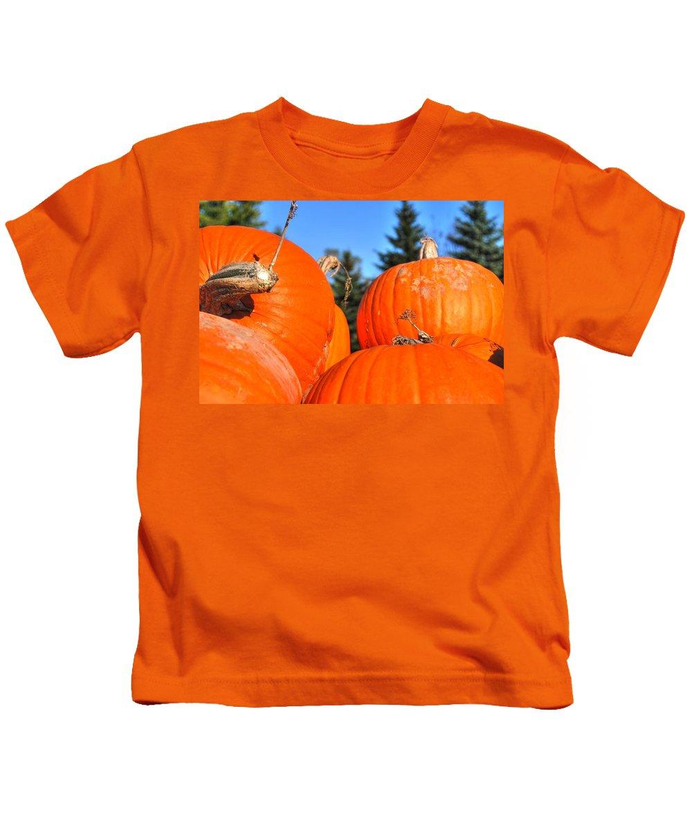 Kids T-Shirt featuring the photograph Pumpkin Sky by Michael Frank Jr