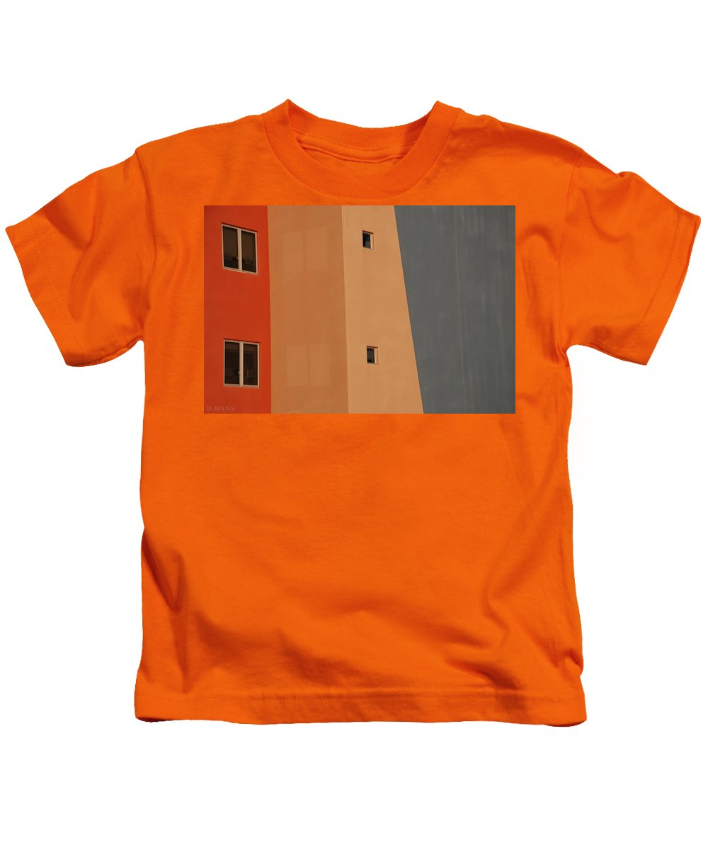 Architecture Kids T-Shirt featuring the photograph Q W School In Color by Rob Hans