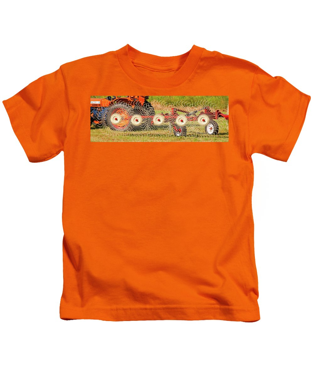 Barn Kids T-Shirt featuring the photograph Spindizzy1233 by Guy Whiteley