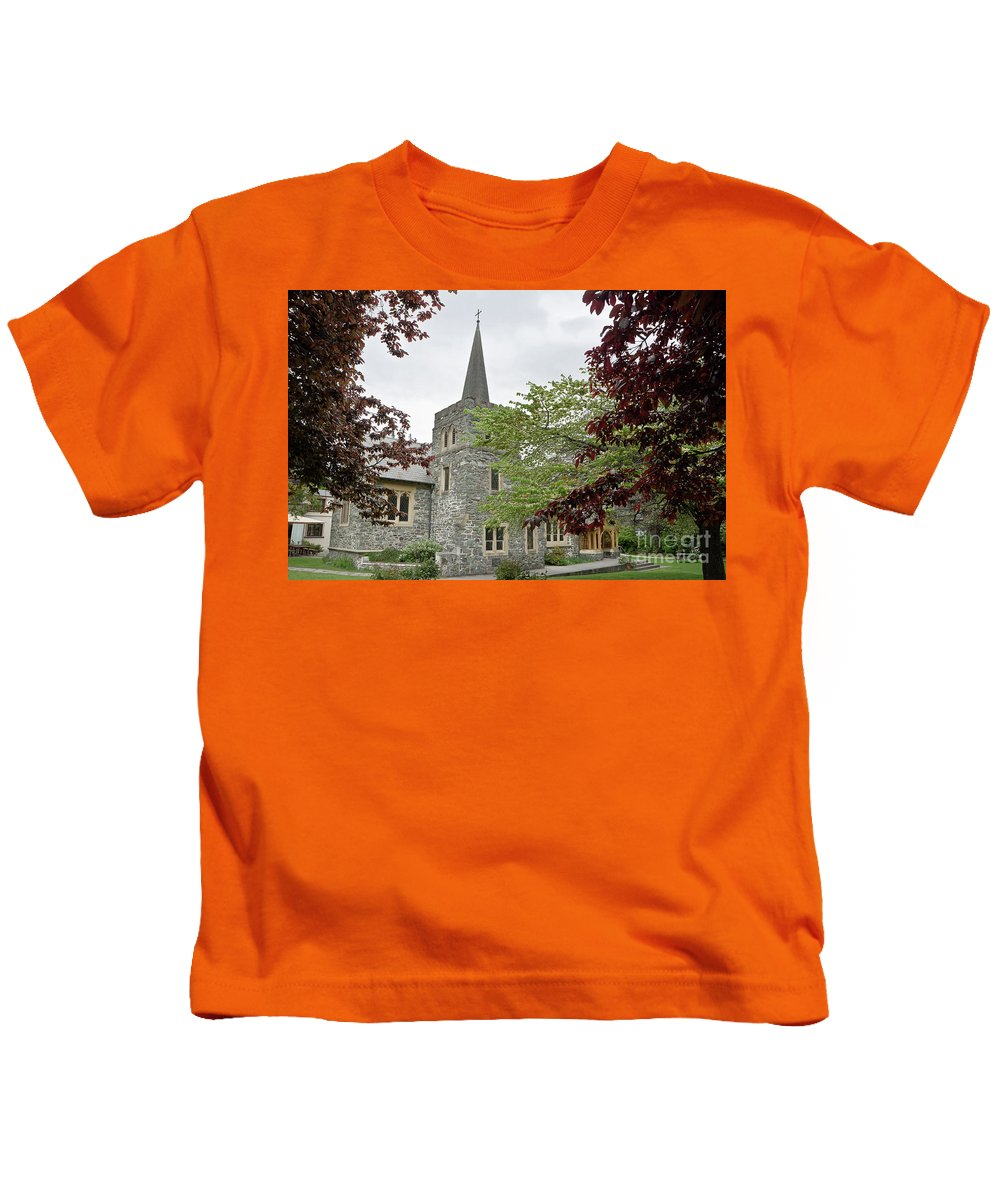Kids T-Shirt featuring the photograph Queenstown, New Zealand by Yurix Sardinelly