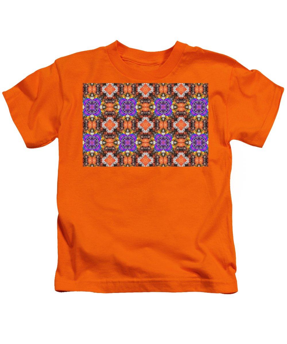 Marjan Mencin Kids T-Shirt featuring the digital art Arabesque 101 by Marjan Mencin