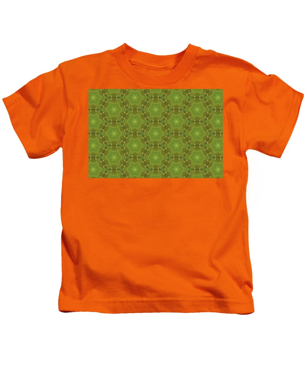 Marjan Mencin Kids T-Shirt featuring the digital art Arabesque 076 by Marjan Mencin