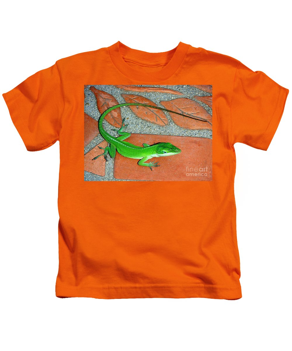 Nature Kids T-Shirt featuring the photograph Anole On Chair Tiles by Lucyna A M Green