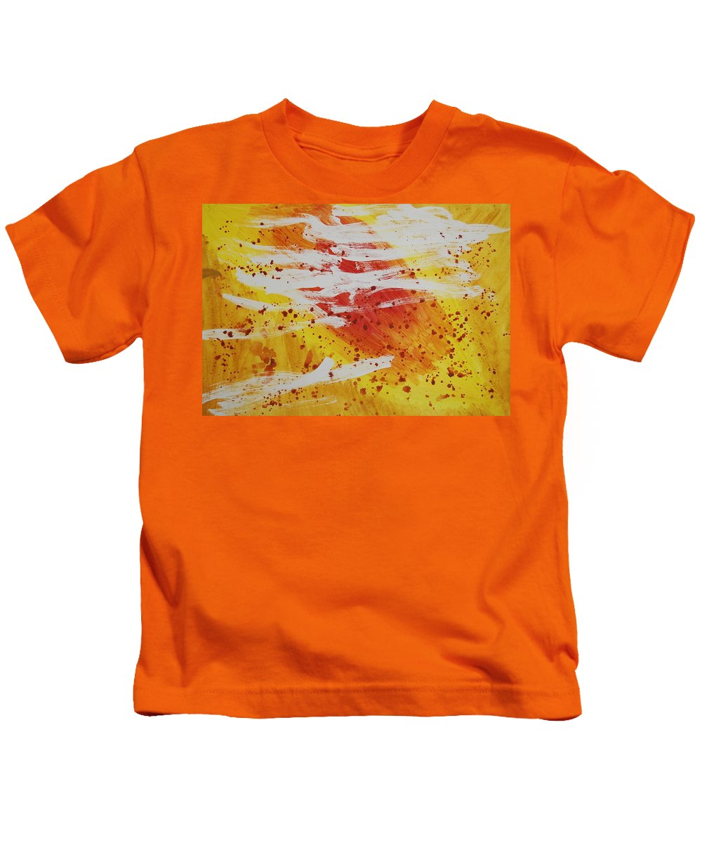 Abstract Kids T-Shirt featuring the painting Bailando En El Sol by Lauren Luna