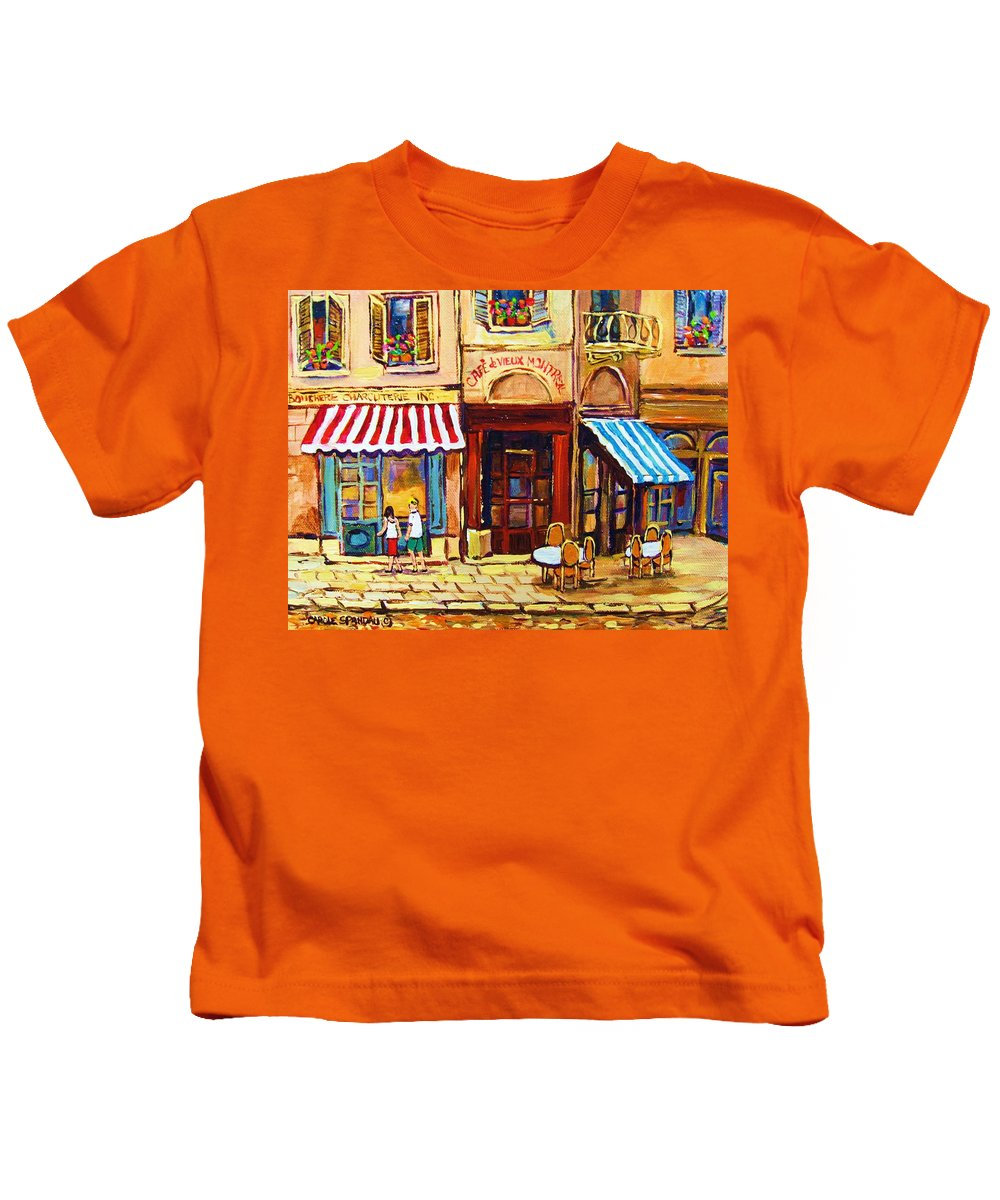 Old Montreal Outdoor Cafe City Scenes Kids T-Shirt featuring the painting Cafe De Vieux Montreal With Couple by Carole Spandau