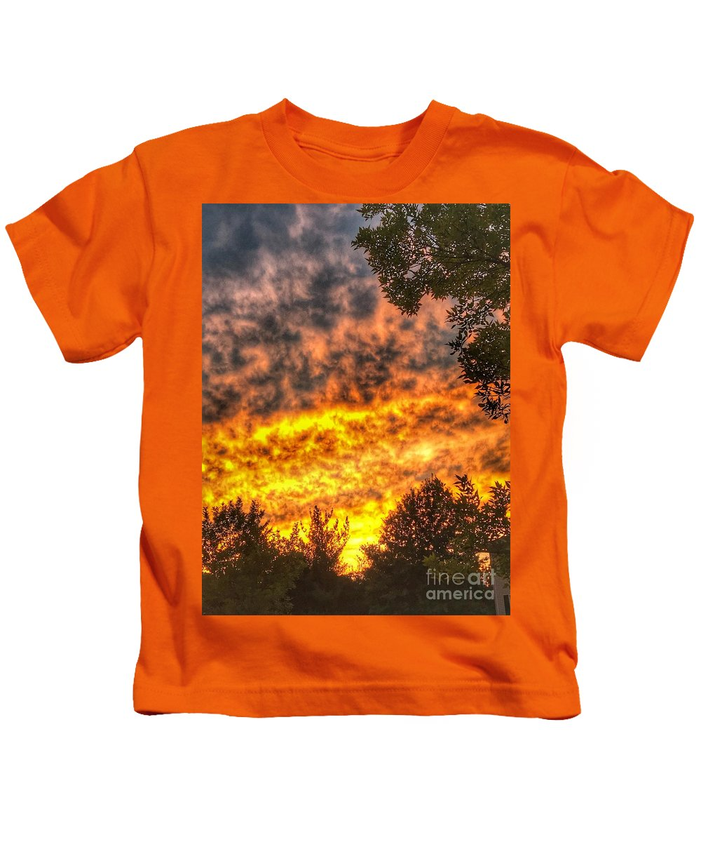 A Photos Of Clouds And Sunset In Fair Lawn Nj Kids T-Shirt featuring the photograph Clouds And Sunset by William Rogers