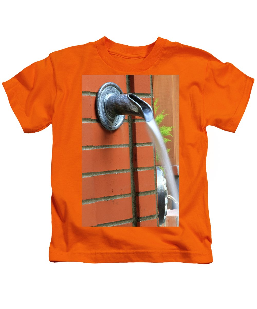 Fountain Kids T-Shirt featuring the photograph Coming To Drink by Laddie Halupa