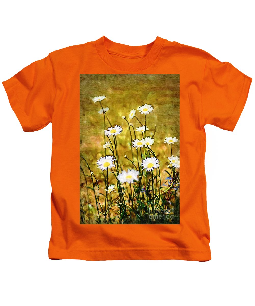 Daisy Kids T-Shirt featuring the photograph Daisy Field by Donna Bentley