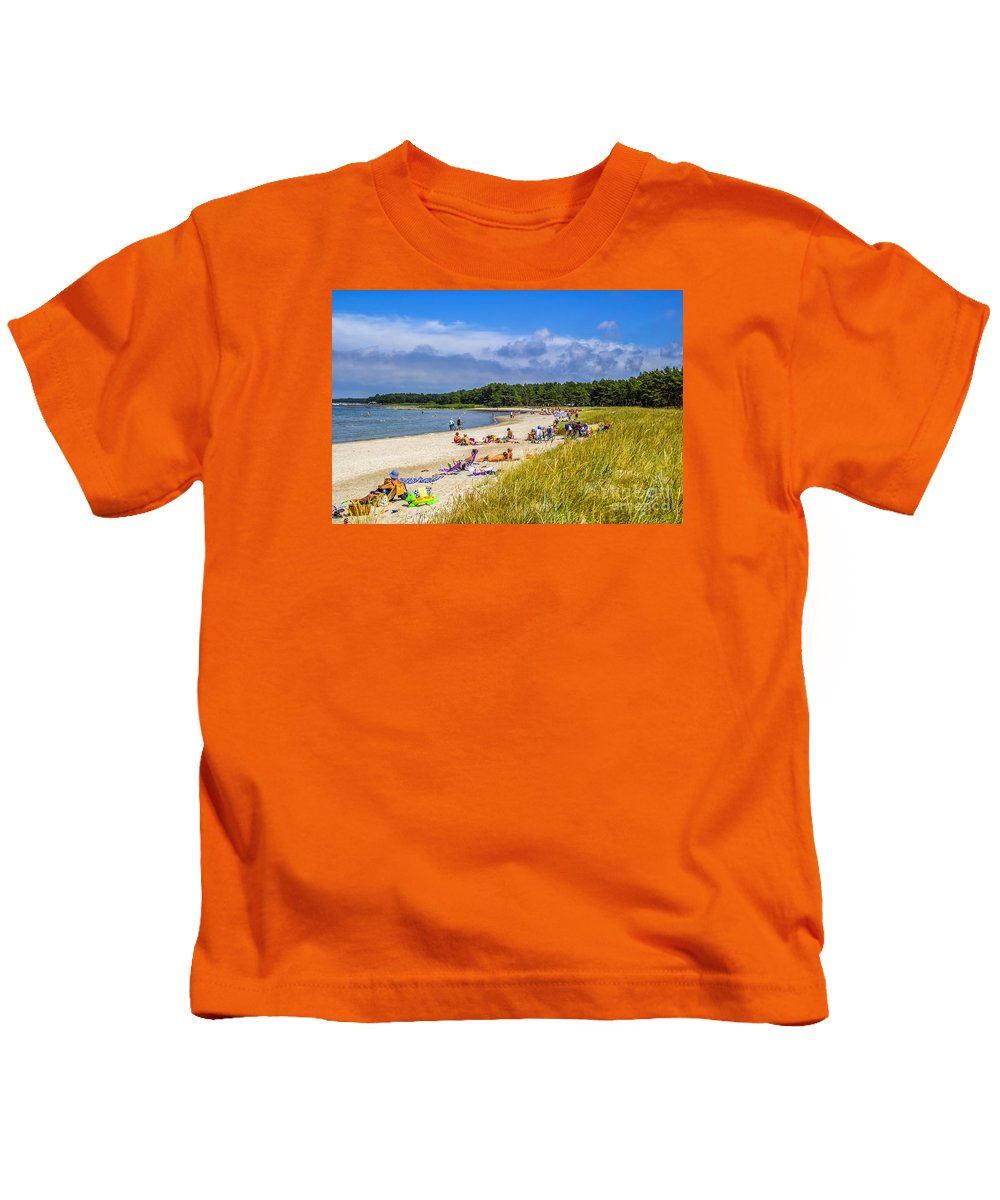 Beach Kids T-Shirt featuring the photograph Faro Beach by Roberta Bragan