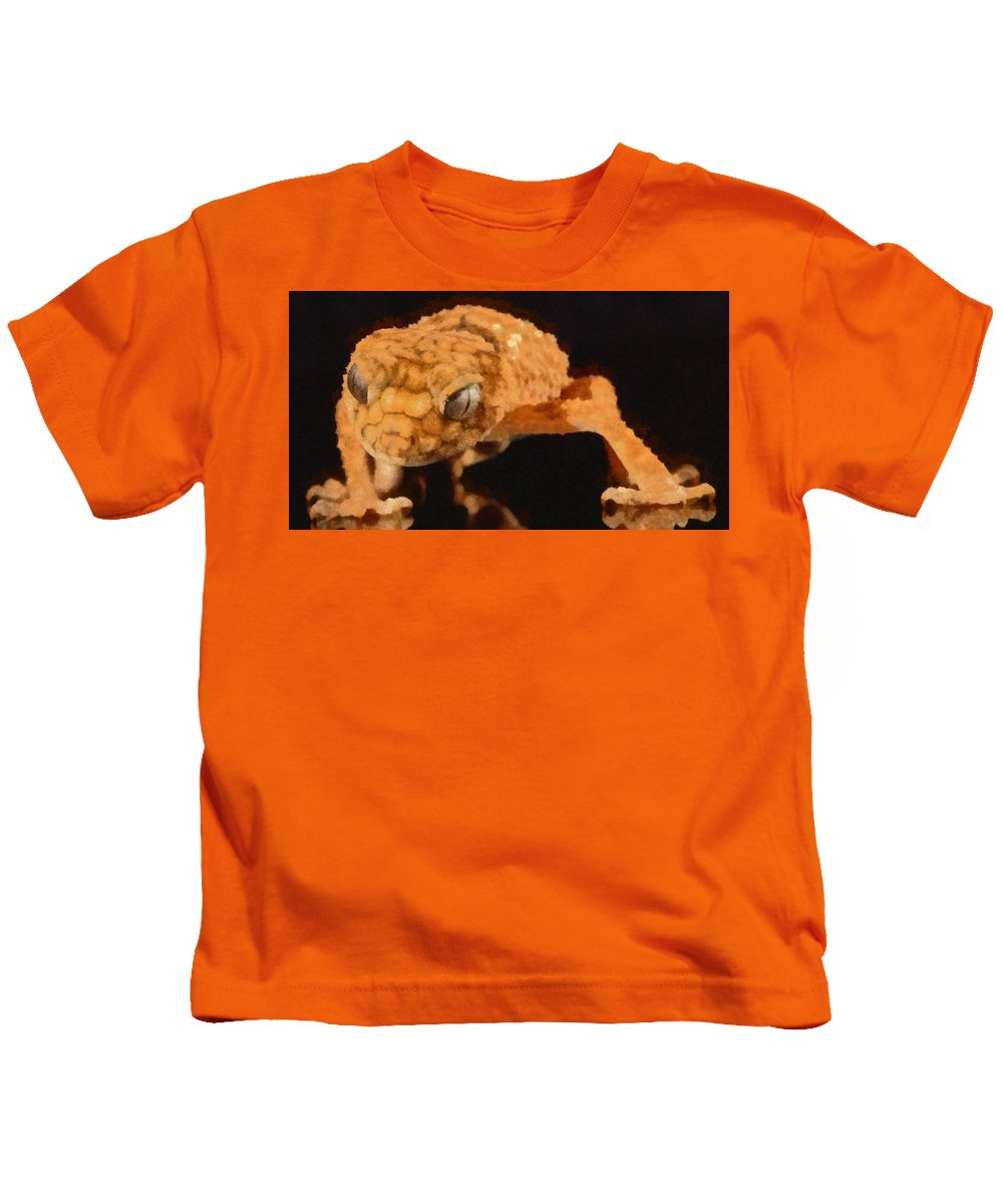 Gecko Kids T-Shirt featuring the painting Gecko - Id 16218-130703-9950 by S Lurk