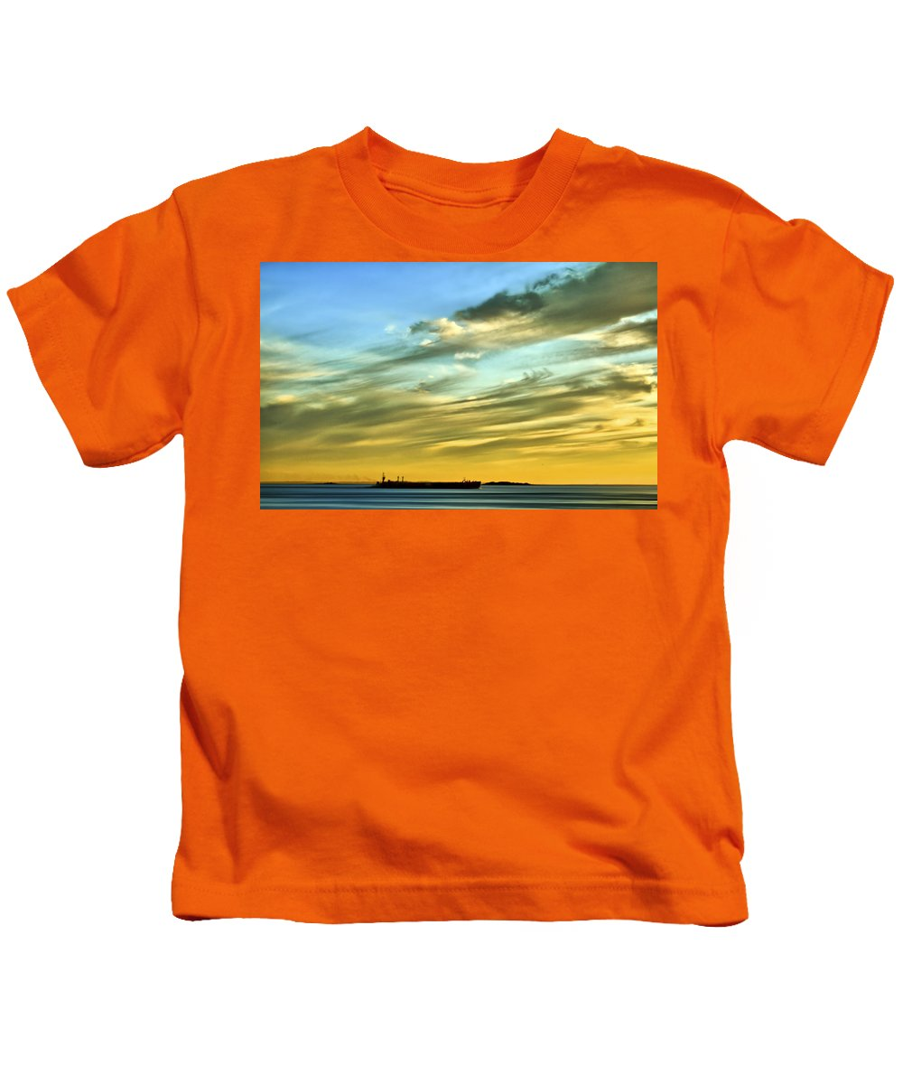 Sunset Kids T-Shirt featuring the photograph Into The Sunset by Evelina Kremsdorf