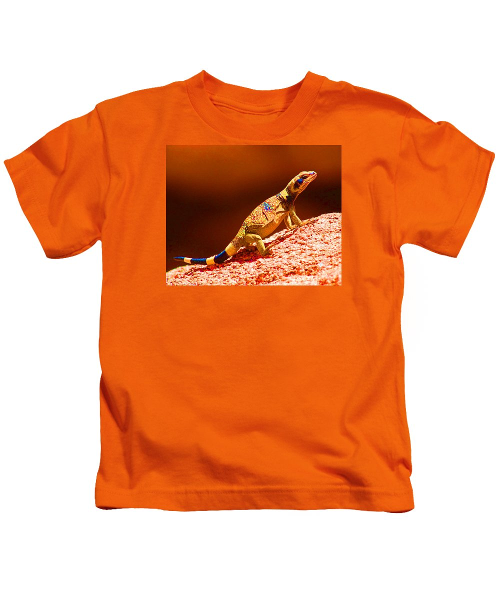 Lizard Kids T-Shirt featuring the photograph Joshua Tree Lizard by John Malmquist