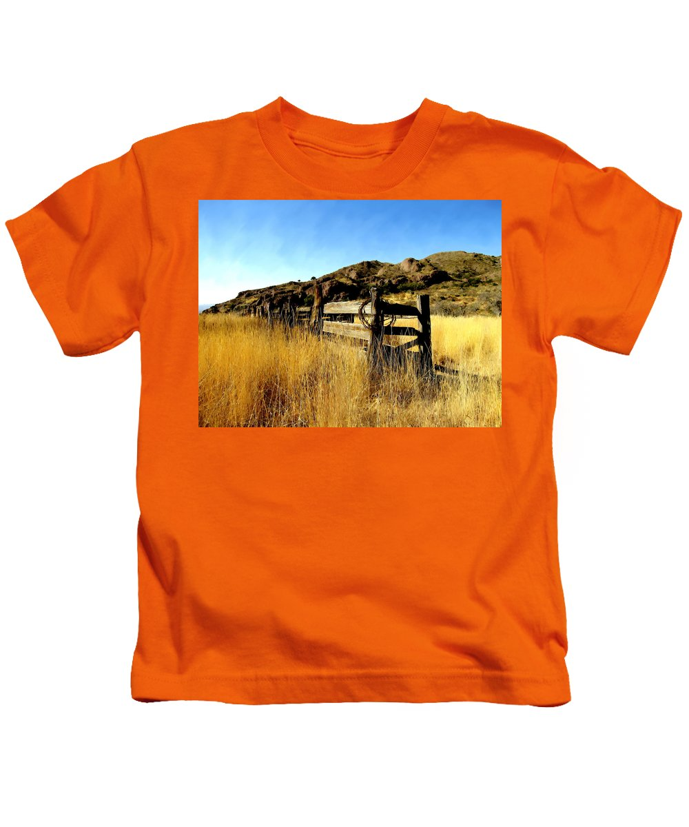 Southwestern Kids T-Shirt featuring the photograph Livery Fence At Dripping Springs by Kurt Van Wagner