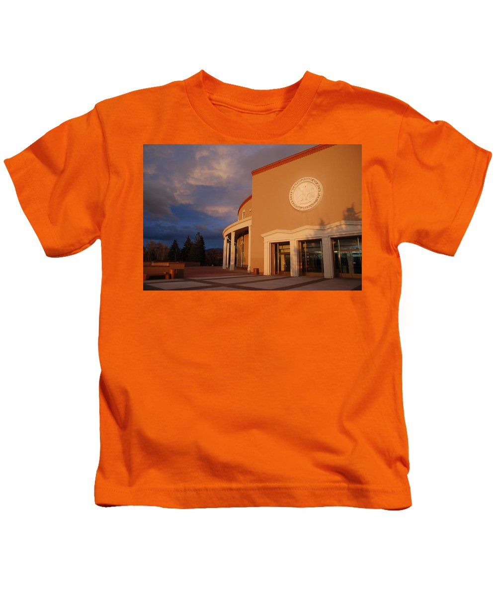 Architecture Kids T-Shirt featuring the photograph New Mexico State Capital Building by Rob Hans