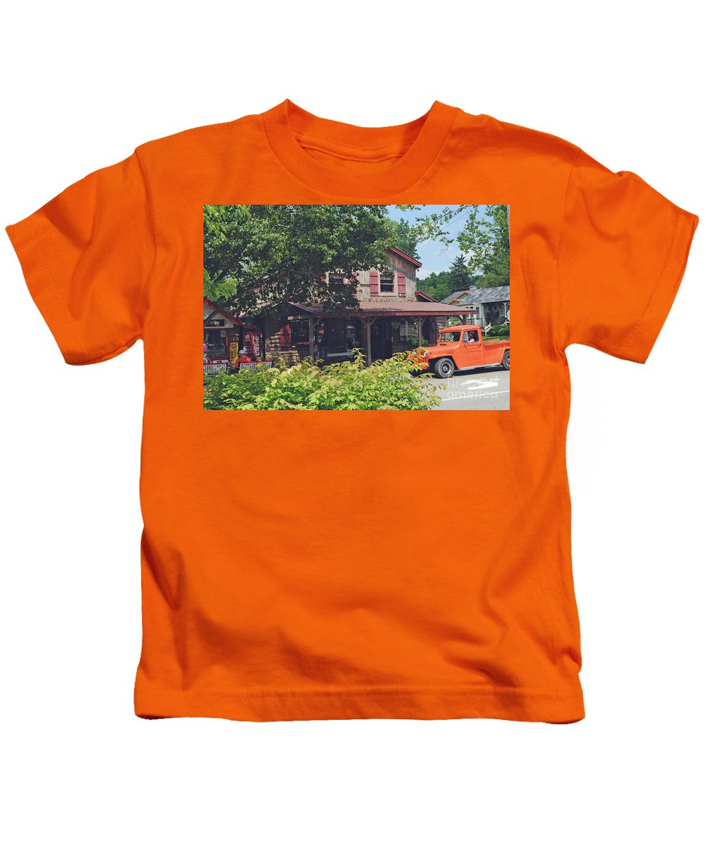 Nashville Kids T-Shirt featuring the photograph Old Nashville by Jost Houk