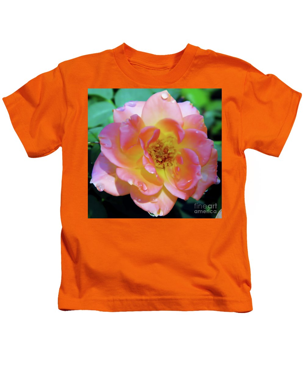 Roses Kids T-Shirt featuring the photograph Raindrops On The Pink Rose by D Hackett