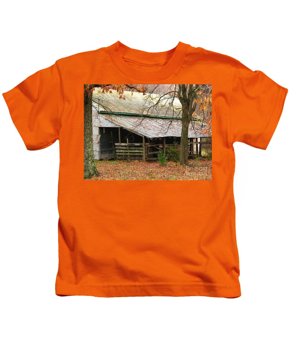 Rural Kids T-Shirt featuring the photograph Rural by Amanda Barcon