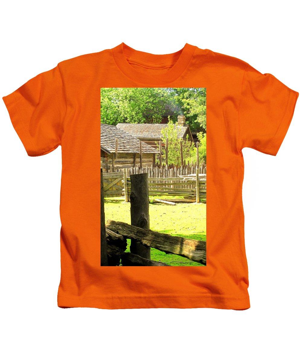 Smoke Kids T-Shirt featuring the photograph Smoke Rising by Ian MacDonald