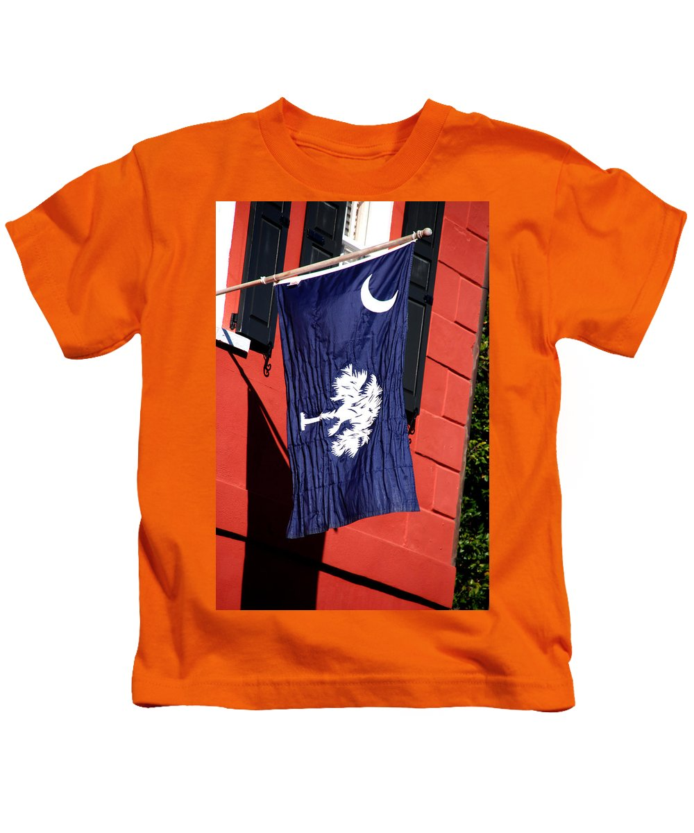 Photography Kids T-Shirt featuring the photograph State Flag Of South Carolina by Susanne Van Hulst