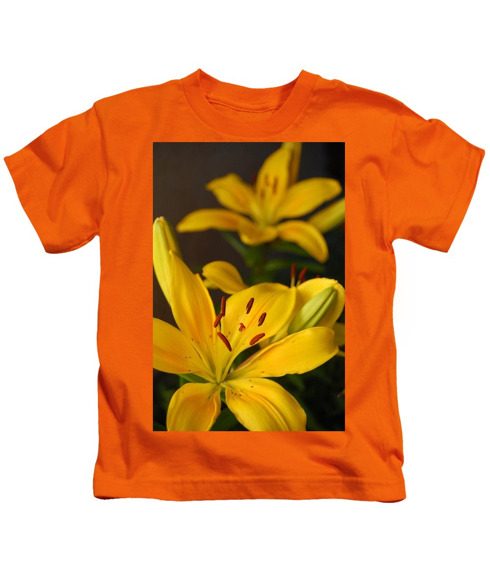 Flower Kids T-Shirt featuring the photograph Yellow Lily Mirror by Amy Fose