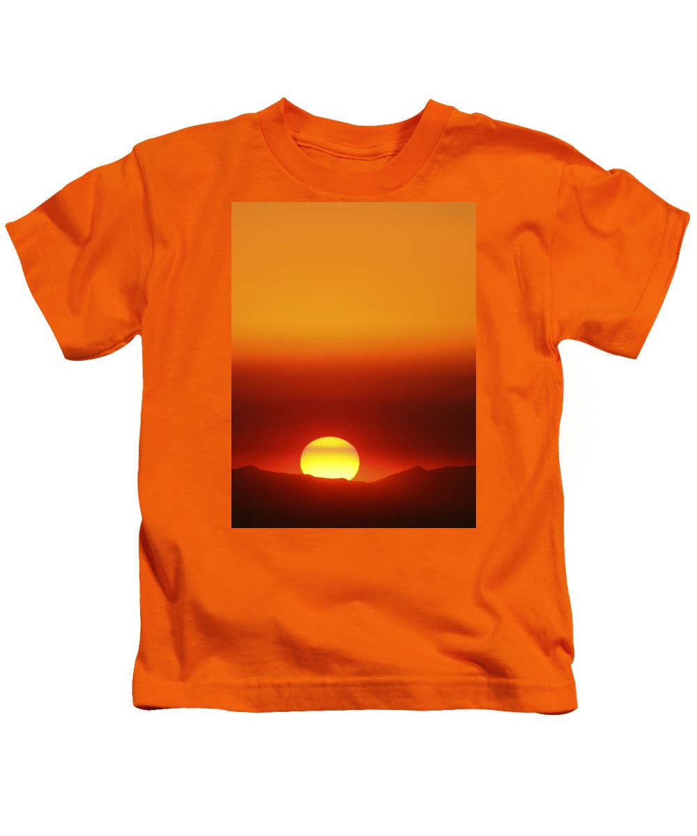 Catalina Sunset Kids T-Shirt featuring the photograph Catalina Sun by Andre Aleksis
