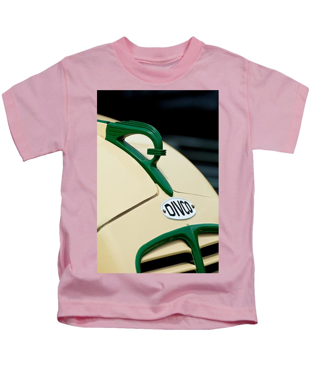 1950 Divco Milk Truck Kids T-Shirt featuring the photograph 1950 Divco Milk Truck Hood Ornament by Jill Reger