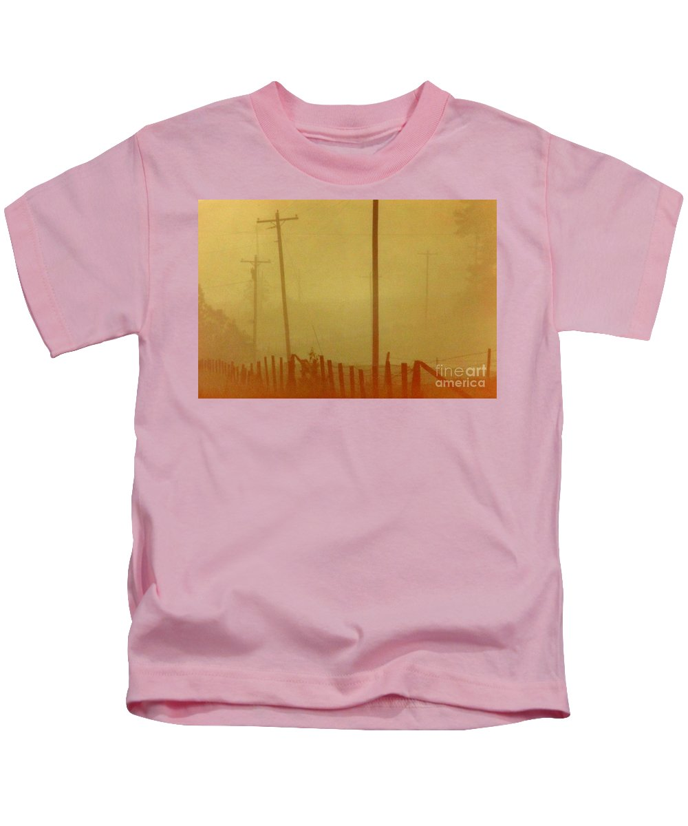 Fog Kids T-Shirt featuring the photograph Mississippi Ghostly Morning by Michael Hoard