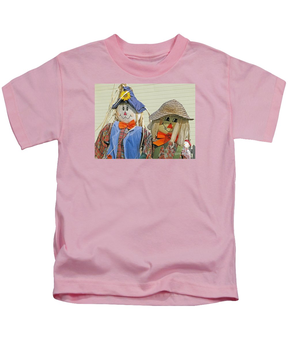 Scarecrow Kids T-Shirt featuring the photograph Mr And Mrs Scarecrow by Ann Horn