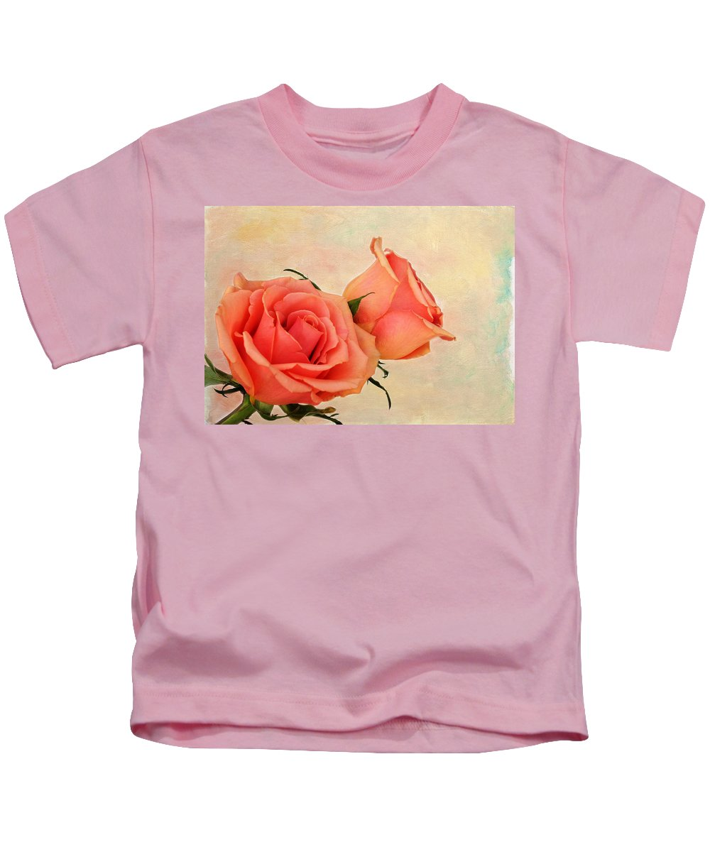 Rose Kids T-Shirt featuring the photograph Peaches And Cream by Judy Vincent