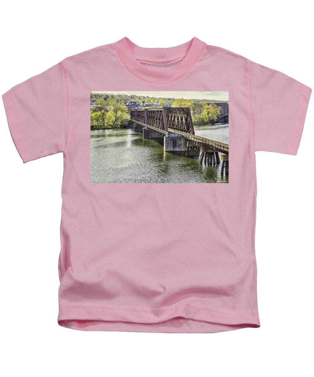 Bridge Kids T-Shirt featuring the photograph Shelton Derby Railroad Bridge by Fran Gallogly