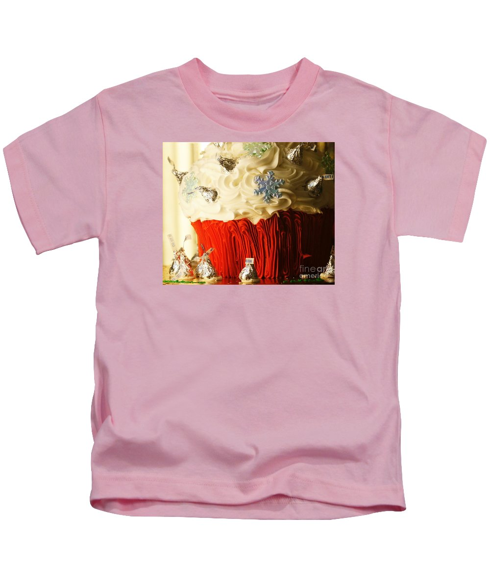 Cake Kids T-Shirt featuring the photograph Snowflake Kisses by Linda Shafer