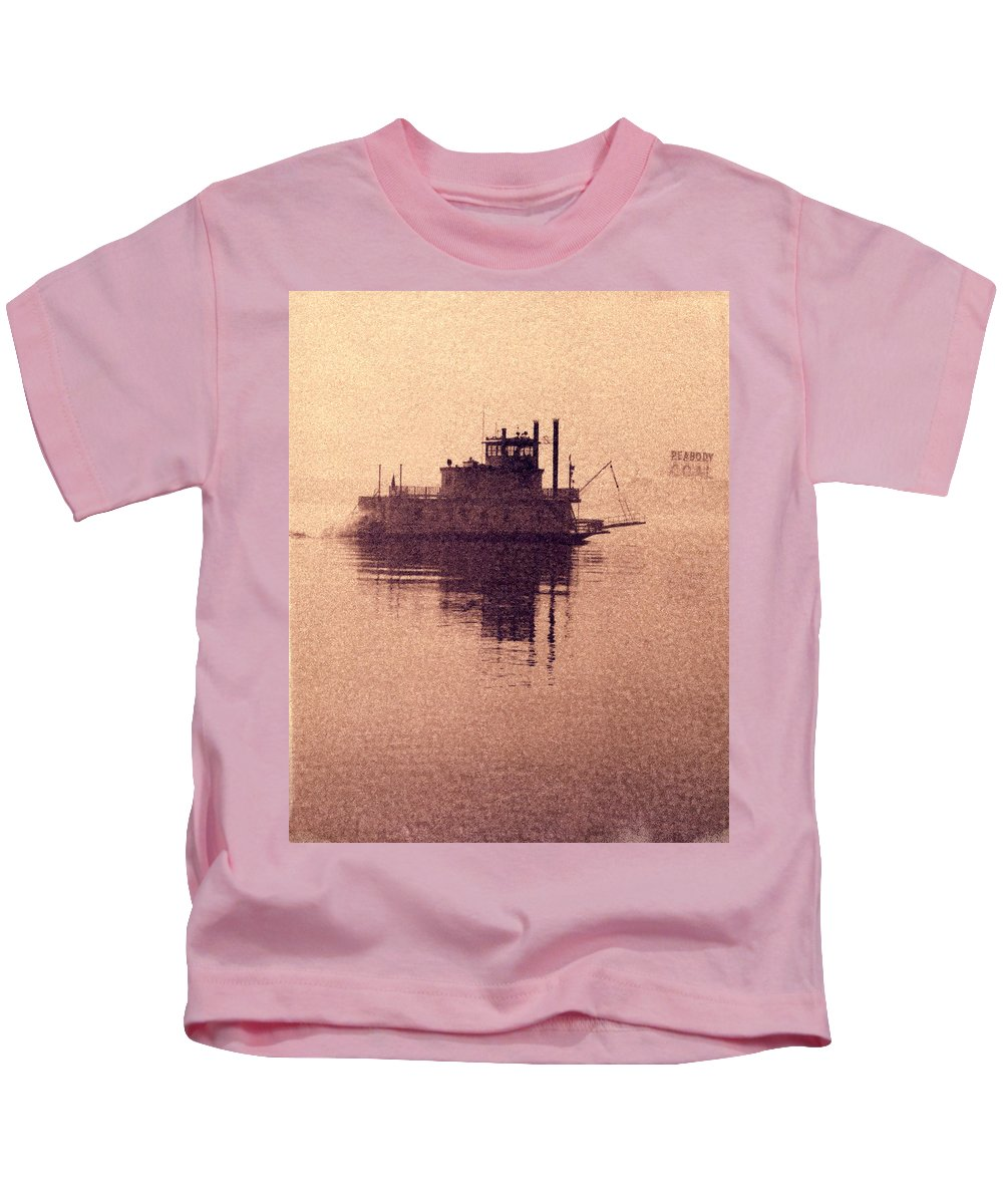 1966 Kids T-Shirt featuring the photograph St Louis Paddlewheeler by Garry McMichael