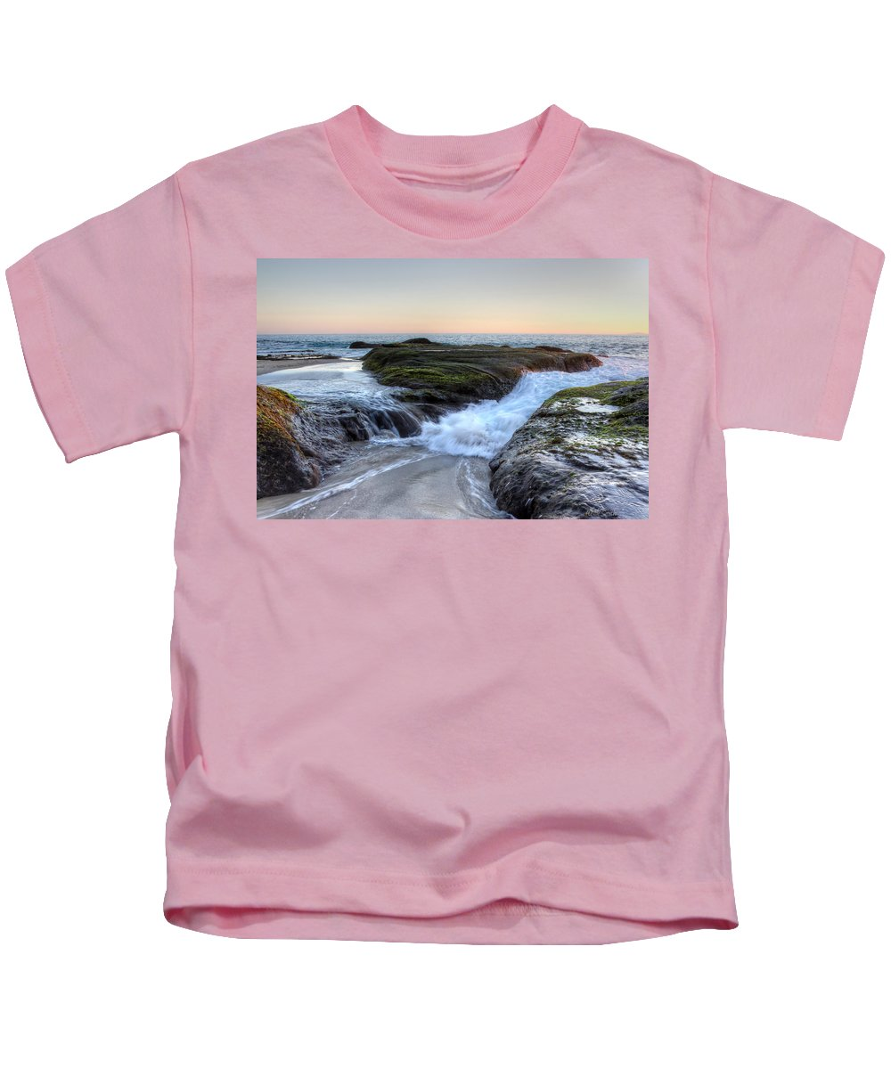 Bay Kids T-Shirt featuring the photograph Sunday Evening by Heidi Smith