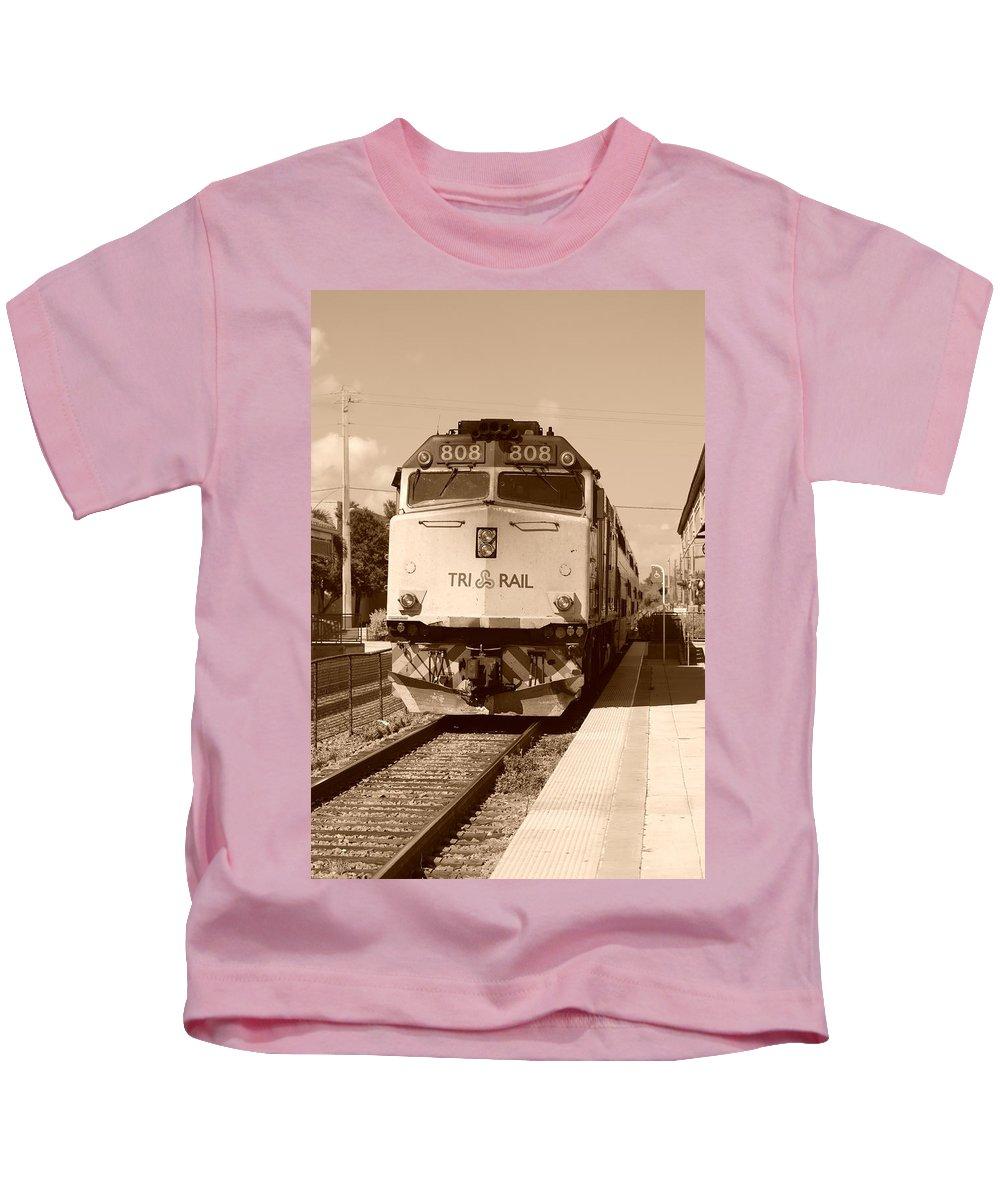 Train Kids T-Shirt featuring the photograph Tri Rail 808 by Rob Hans