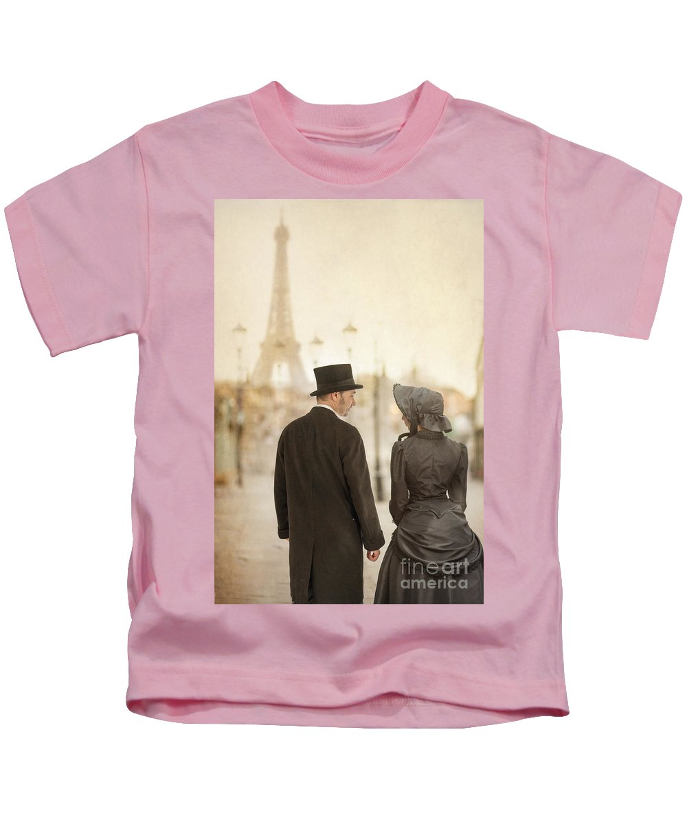 Victorian Kids T-Shirt featuring the photograph Victorian Couple In Paris by Lee Avison