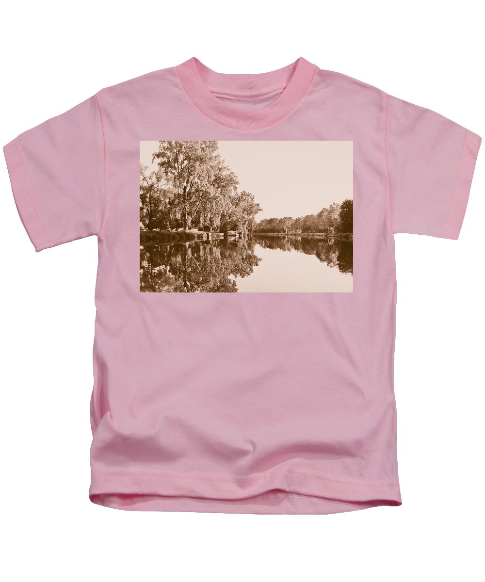 Landscape Photo Kids T-Shirt featuring the photograph Amber Reflection by Sara Frank