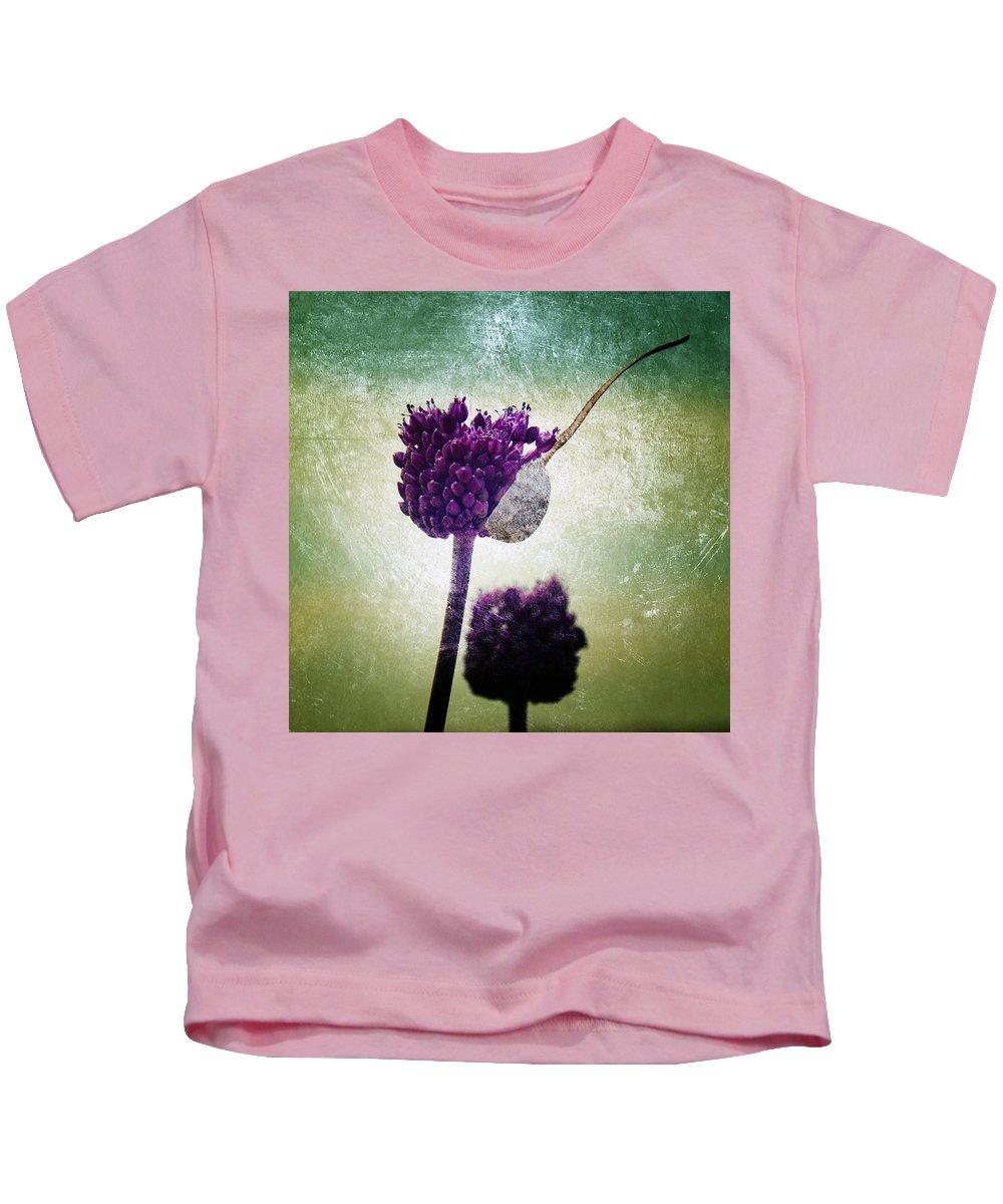 Allium Kids T-Shirt featuring the photograph Delicate by Stelios Kleanthous