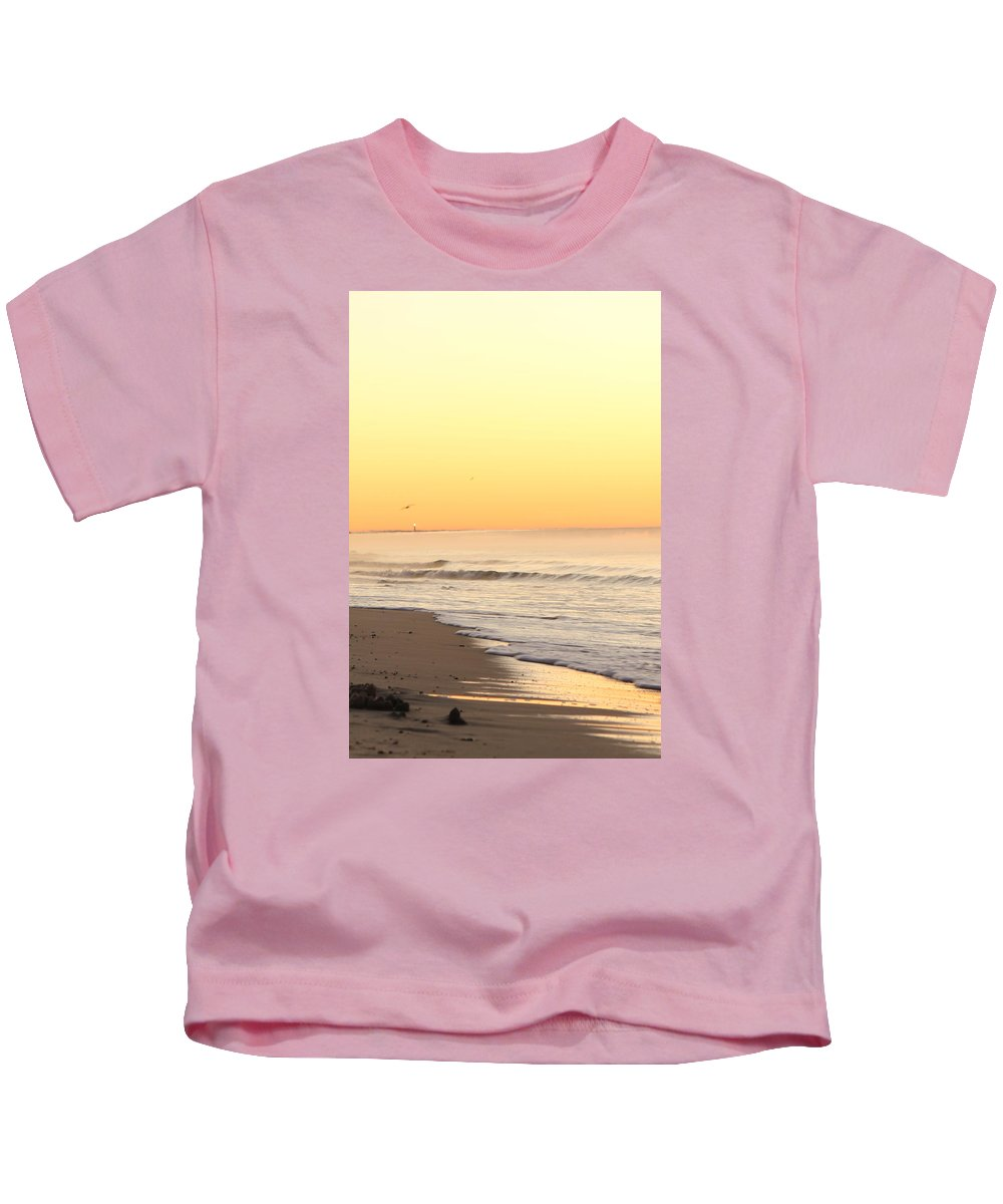 Sunrise Kids T-Shirt featuring the photograph Lighthouse Sunrise by Jennifer Westlake