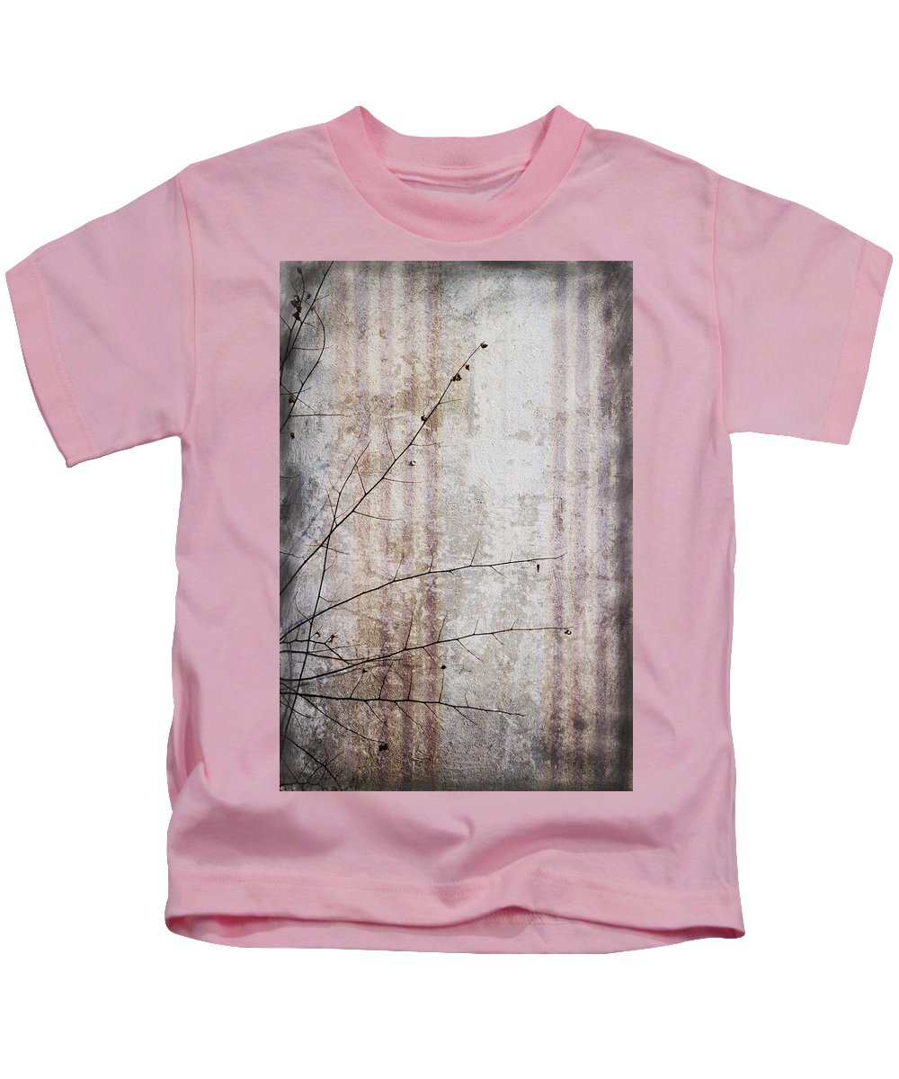 Grunge Kids T-Shirt featuring the photograph Simple Things Abstract by Kathy Clark