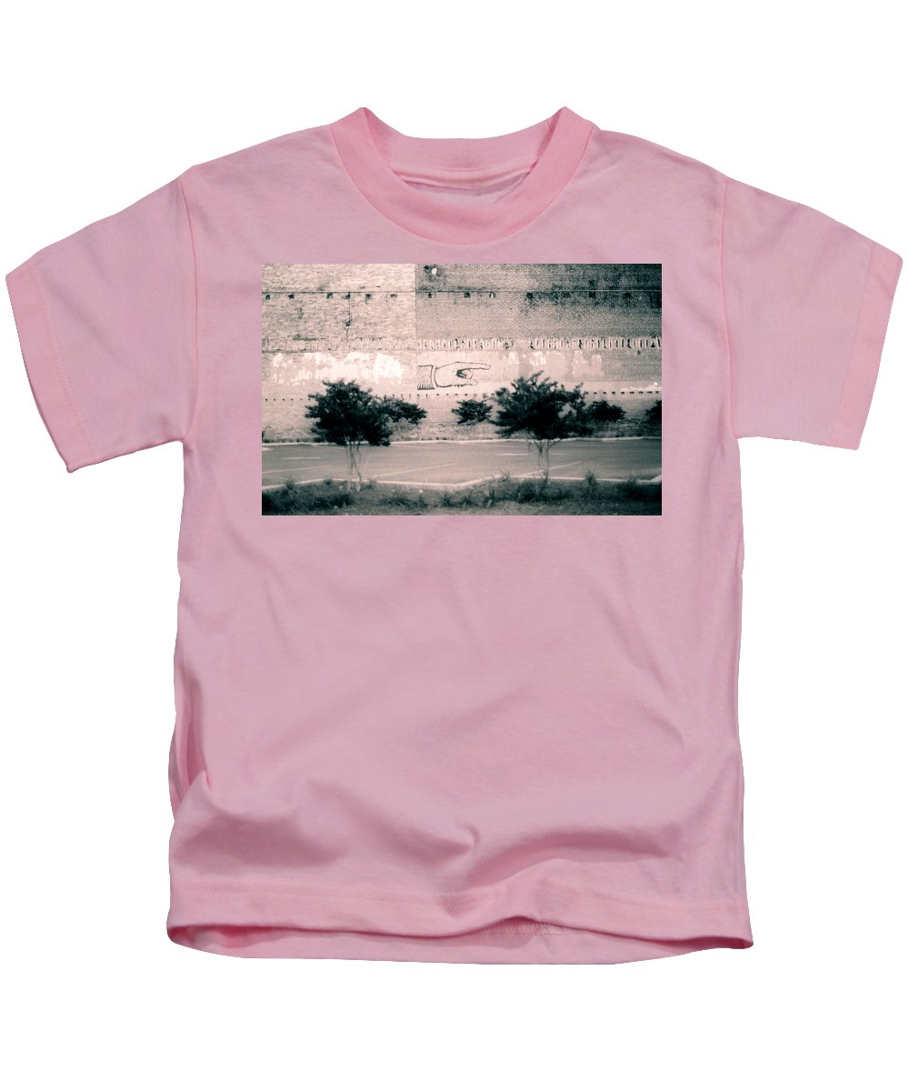 Louisiana Kids T-Shirt featuring the photograph Wall Hand by Doug Duffey