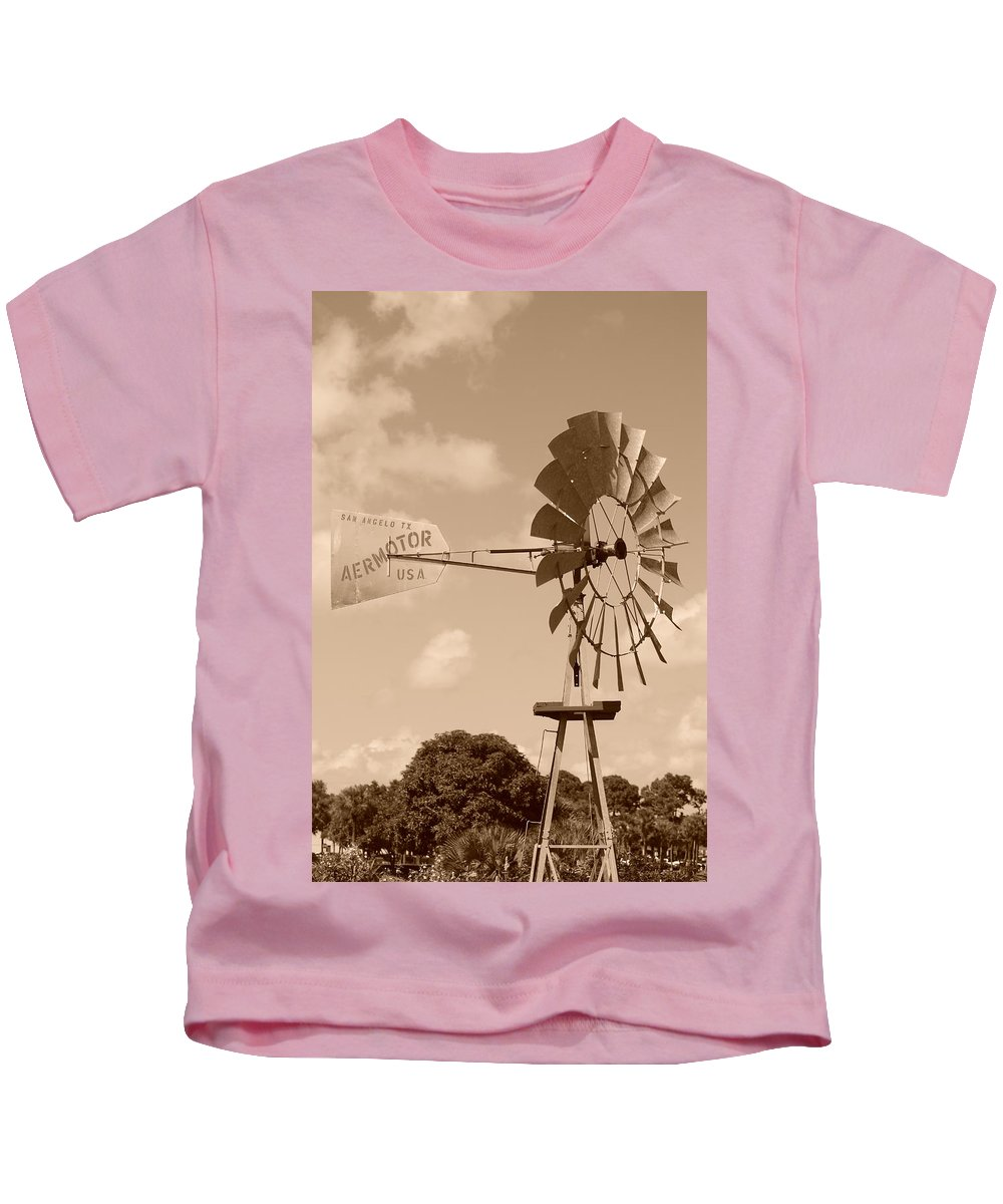 Sepia Kids T-Shirt featuring the photograph Aermotor Windmill by Rob Hans