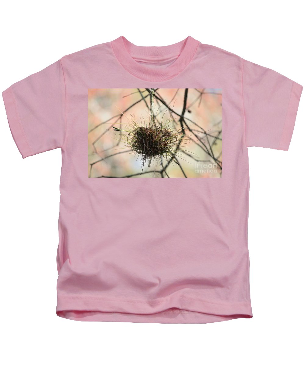 Ball Moss Kids T-Shirt featuring the photograph Ball Moss by Carol Groenen