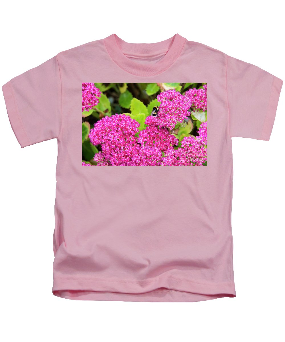 Cawdor Castle Kids T-Shirt featuring the photograph Busy Bee by Bob Phillips