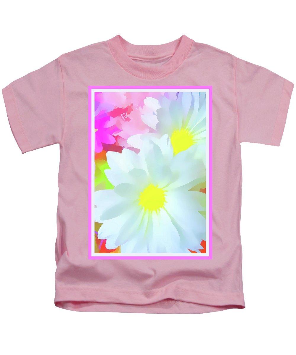 Floral Kids T-Shirt featuring the photograph Daisy Poster by Susan Lafleur