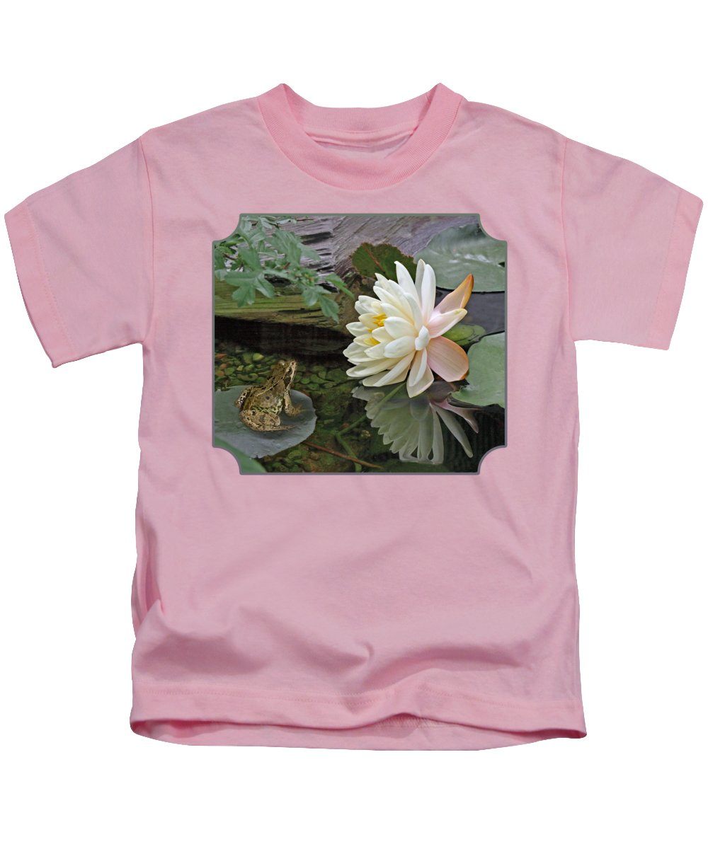 Lilly Pad Photographs Kids T-Shirts