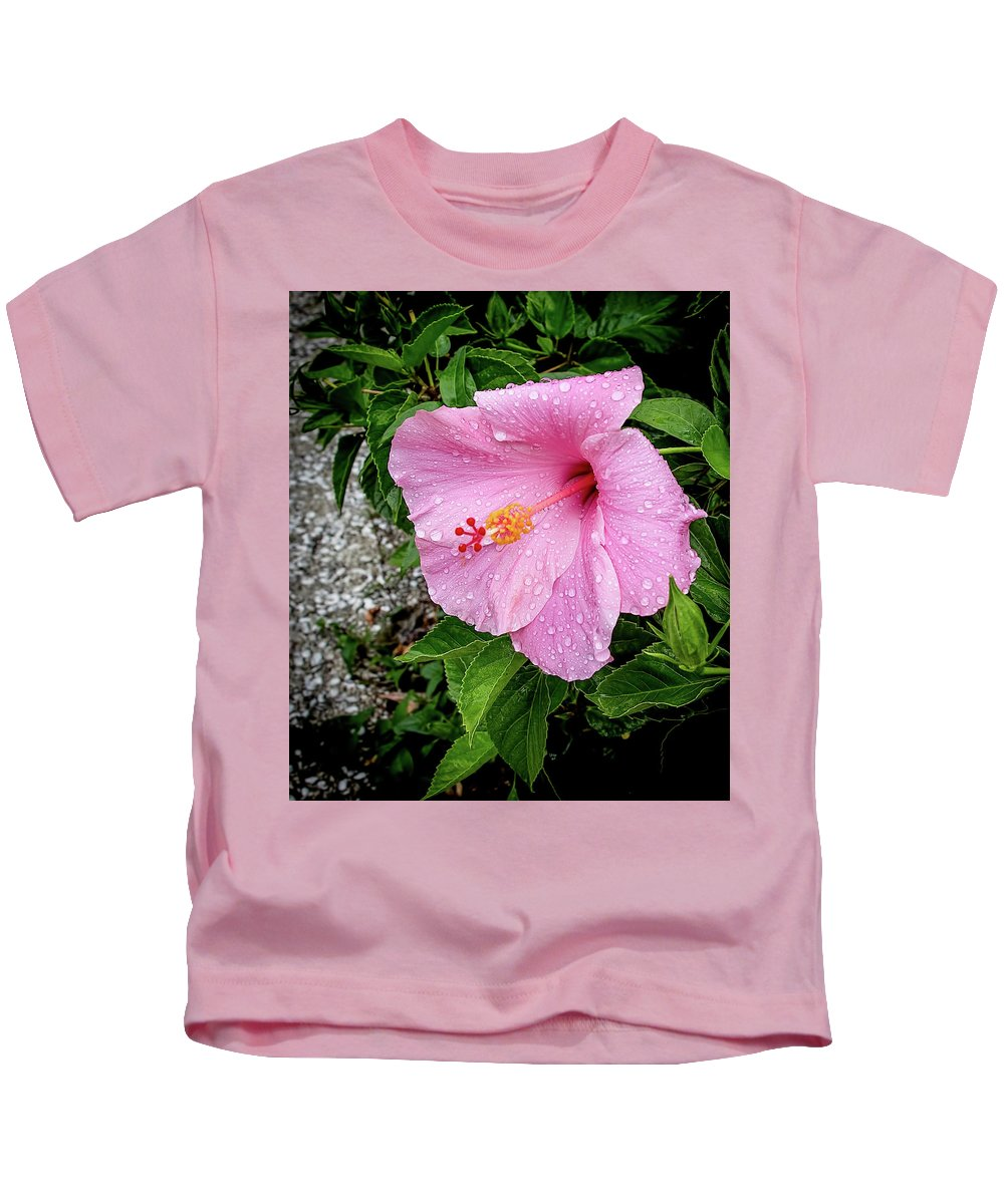 Amelia Island Kids T-Shirt featuring the photograph Hibiscus On A Rainy Day by Richard Goldman